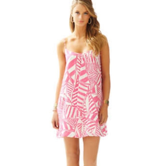 4223e6b52446a2 Lilly Pulitzer Dresses & Skirts - Lilly Pulitzer Daphne Size L in Capris  Pink Style